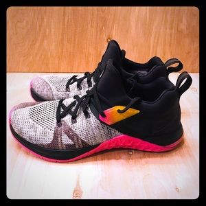 Nike Women Metcon Flyknit 3 New Size 8 Shoes